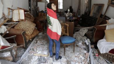 """صورة """"فورين بوليسي"""": تأليف الحكومة يقف بوجه المساعدات وإعمار بيروت.. وفرنسا على الخط"""