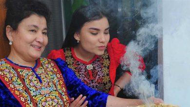 """صورة في تركمانستان.. نبتة لـ""""محاربة كورونا"""" بلا أي دليل علمي"""