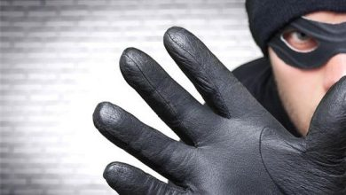 صورة سرقة أسلاك ومحوّلات كهربائية… وبطاريات سيارات!