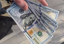 صورة انخفاض لافت في سعر صرف الدولار